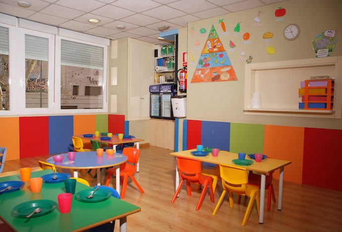 Escuela infantil el bosque encantado inicio - Casa para jardin infantil ...